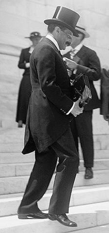 Paul Moritz Warburg.