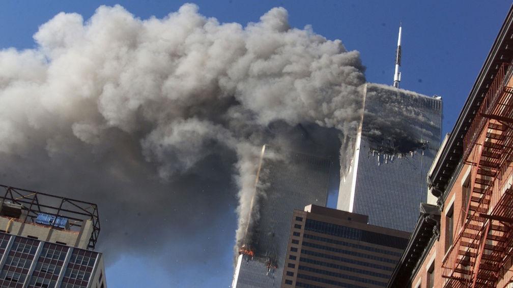 Saadakseen valtioterrorismilleen pontta, USA hyökkäsi itsensä kimppuun vuonna 2001.
